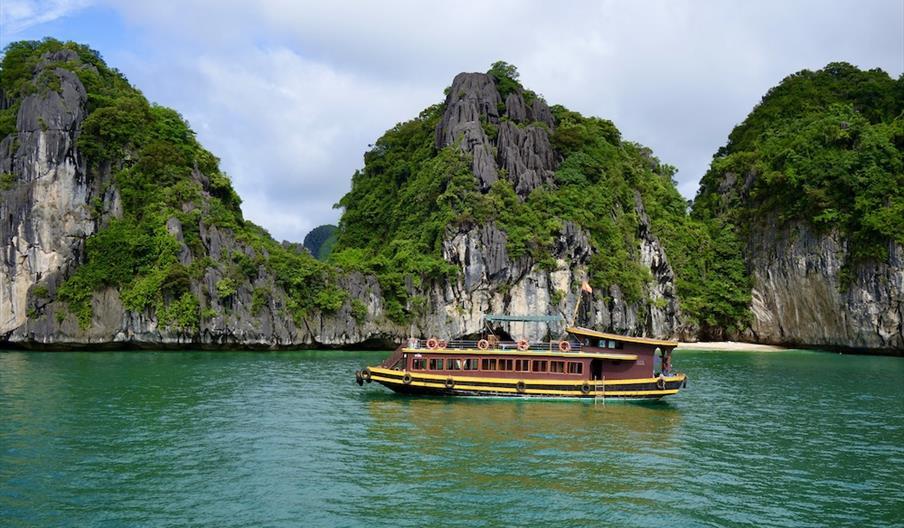 Environmentally and Socially Responsible Tourism Capacity Development Programme for Vietnam