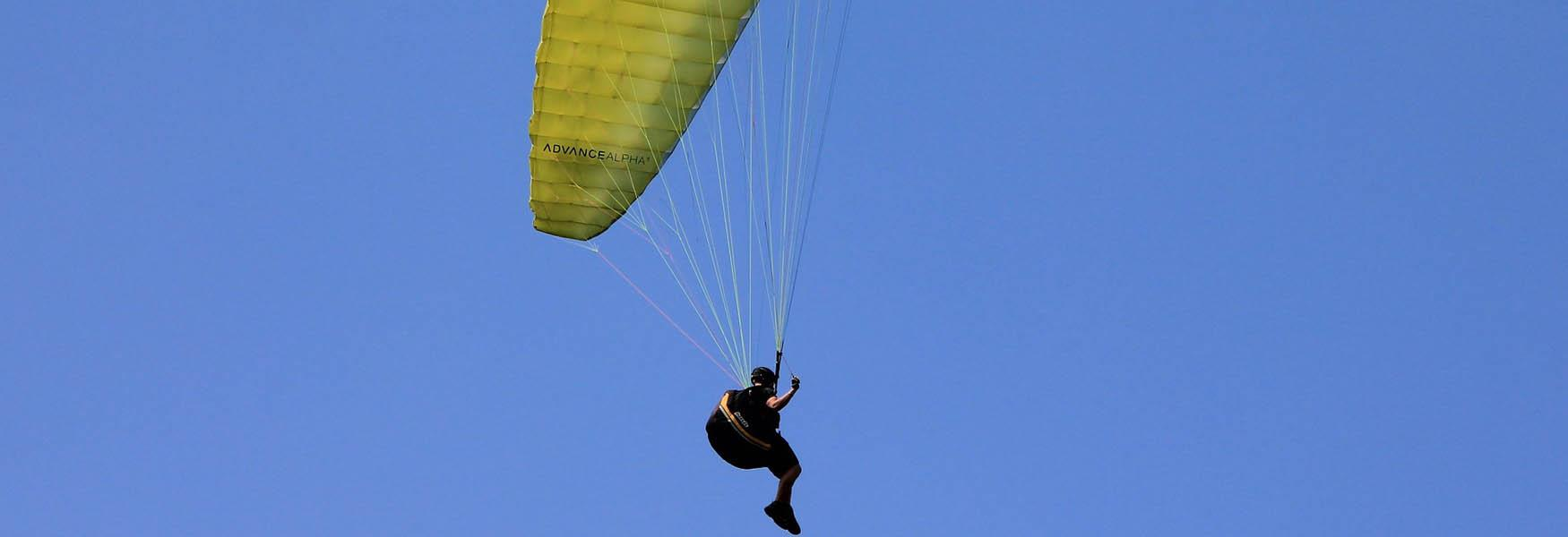 sky diving things to do