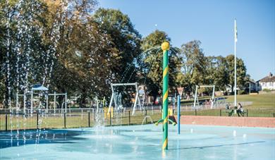 Leighton-Linslade Town Council – Parson's Close Recreational Ground