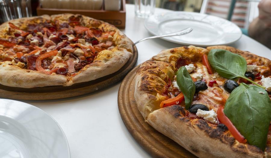 Donatellos Pizza & Pasta Restaurant