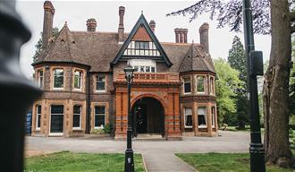 Wardown House, Museum and Gallery