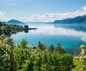 Durchblättern nach Die schönsten Fjorde in Norwegen