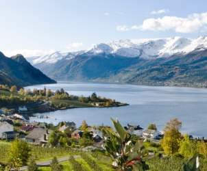 Visit Hardangerfjord|On a day trip from Bergen