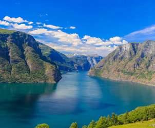 Thumbnail for Bergen - Inngangen til Fjordriket