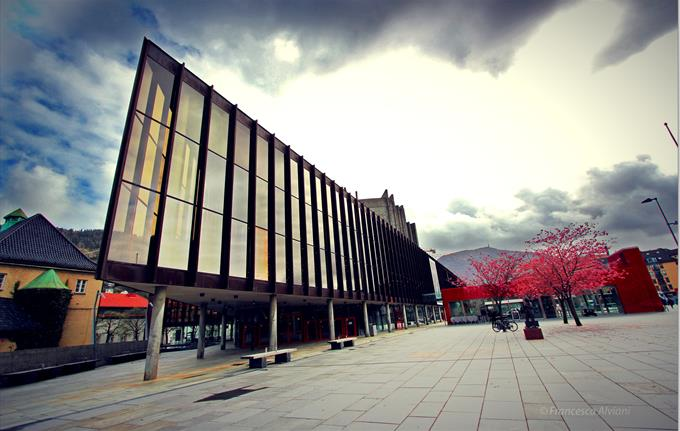 Grieg Hall outside