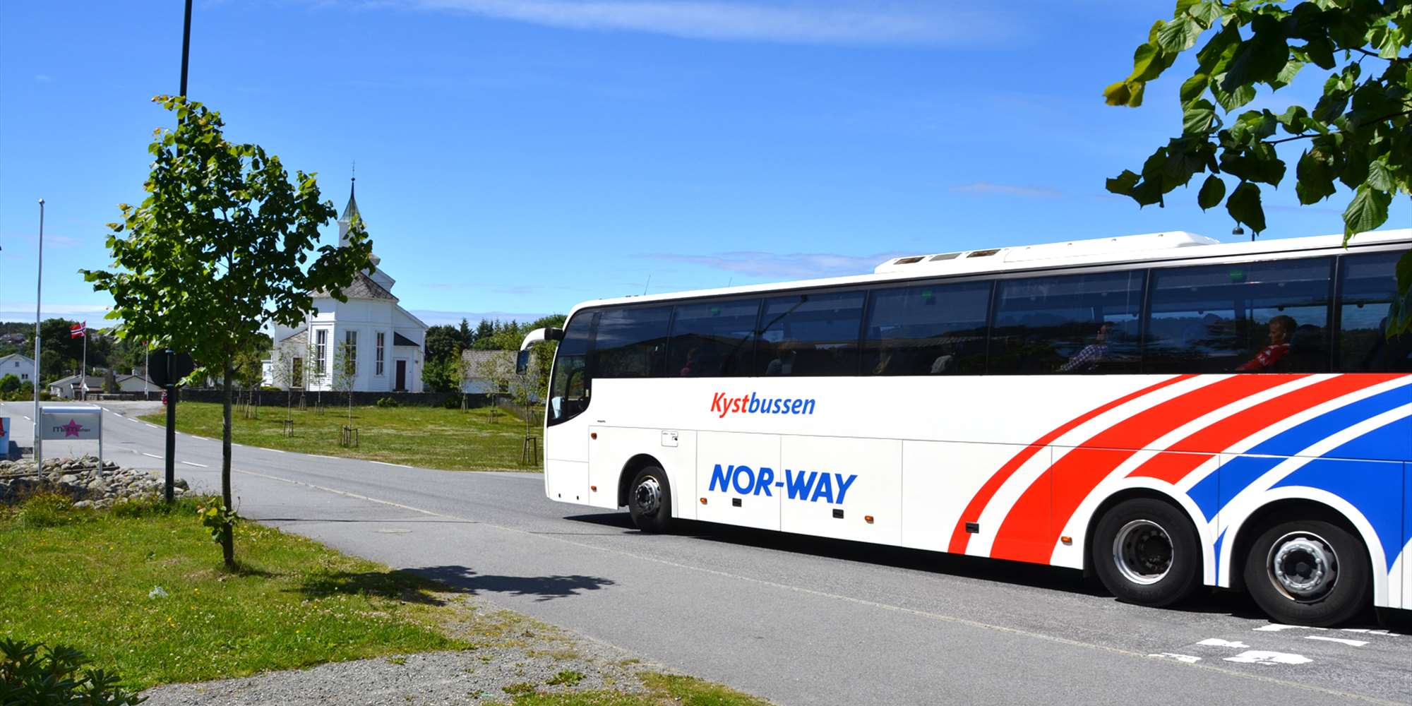 Enjoy the landscape when travelling with Kystbussen.