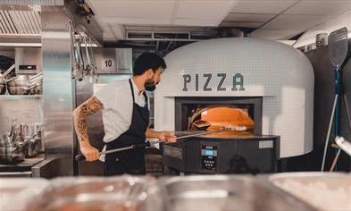 Italian restaurant Boccone