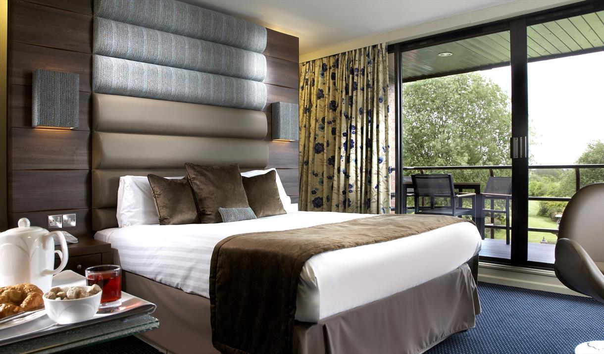 Abbey Hotel bedroom