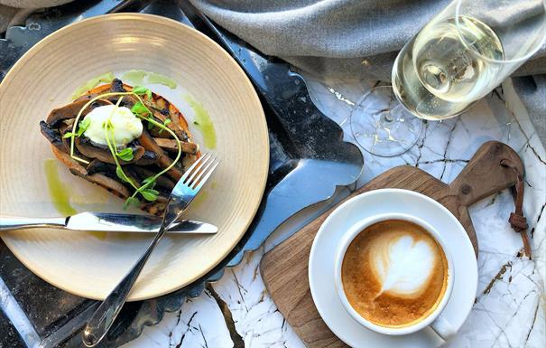 Harvey Nichols bottomless brunch food and drink