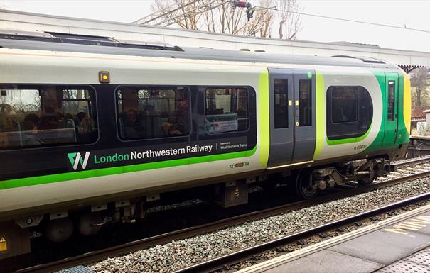 London Northwestern Railway