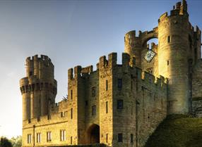Battle of the knights, spellbinding tales, learning the jaw-dropping history of the stunning 64-acres of Medieval grounds and gardens, what will you do whist virtually visiting Warwick Castle?