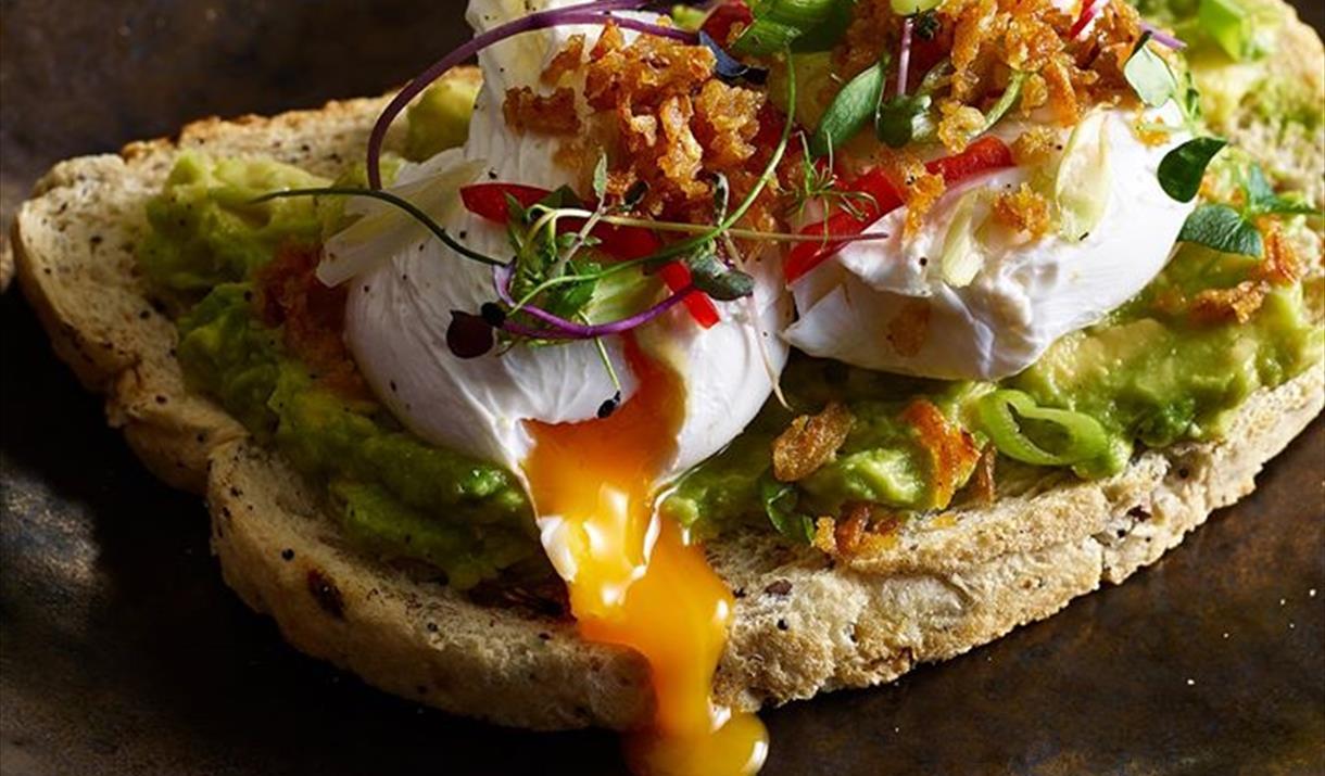 Le Freak bottomless brunch at Alchemist Brindleyplace smashed avocado on toast