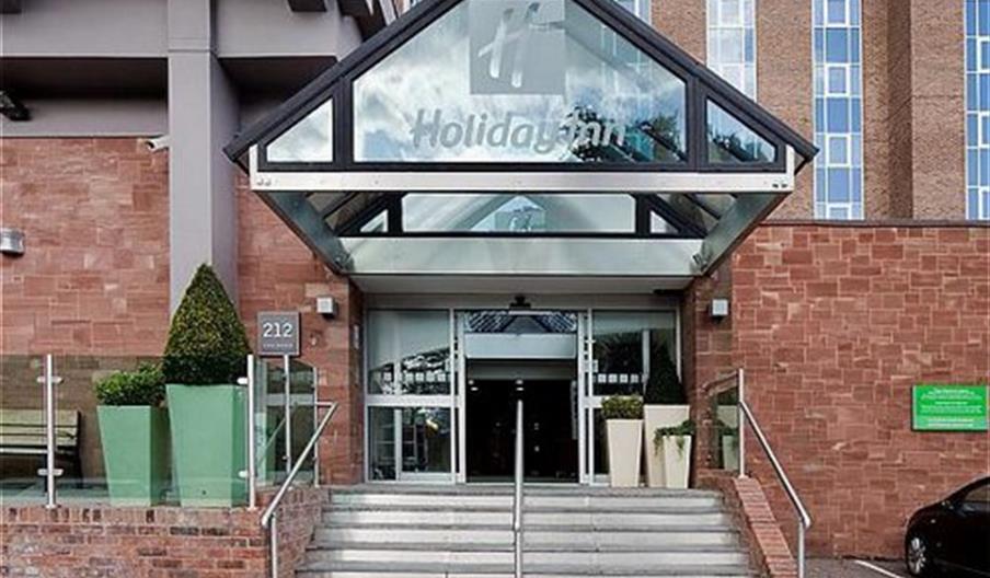 Holiday Inn Kenilworth - entrance