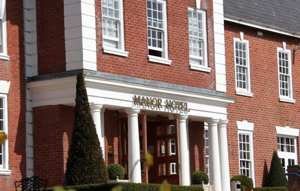 Best Western PLUS Manor Hotel Meriden