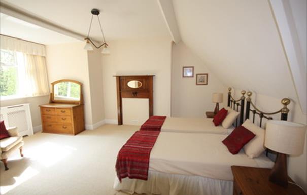 Kereley Manor bedroom