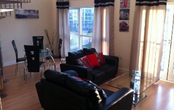 Park Central Apartment - lounge