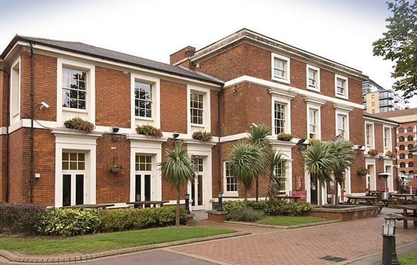 Premier Inn Birmingham Brd St(Brindley Pl)