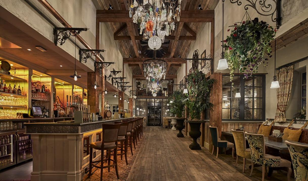 The Canal House Birmingham upstairs bar