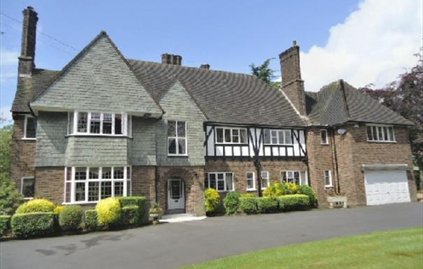 Widney Court