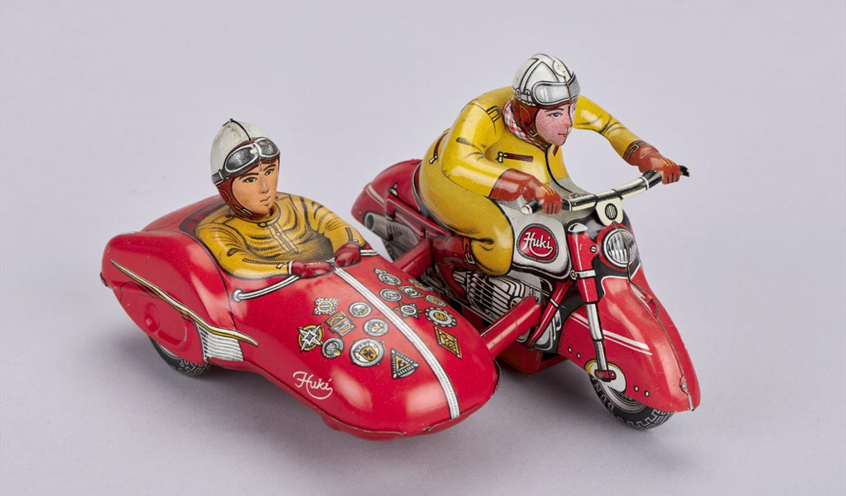 Online Lecture - Miniature Motorists: Transport Toys in the Science & Industry Collection