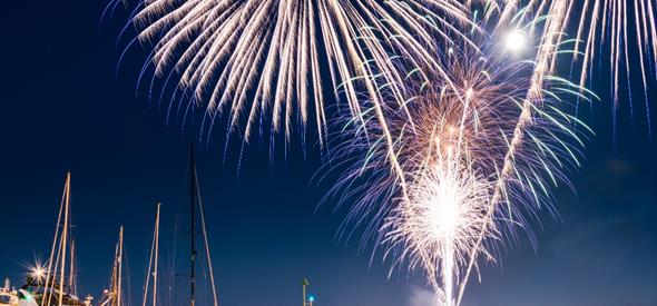 An image of the spectacular annual fireworks at Poole Quay. Credit: Owen Vachell