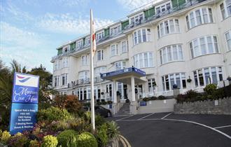 Marsham Court Hotel Bournemouth Accommodation Outside Front Entrance