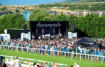 Brighton Racecourse - concert at racecourse