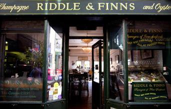 Riddle & Finns