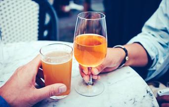 Datemakers - having a drink