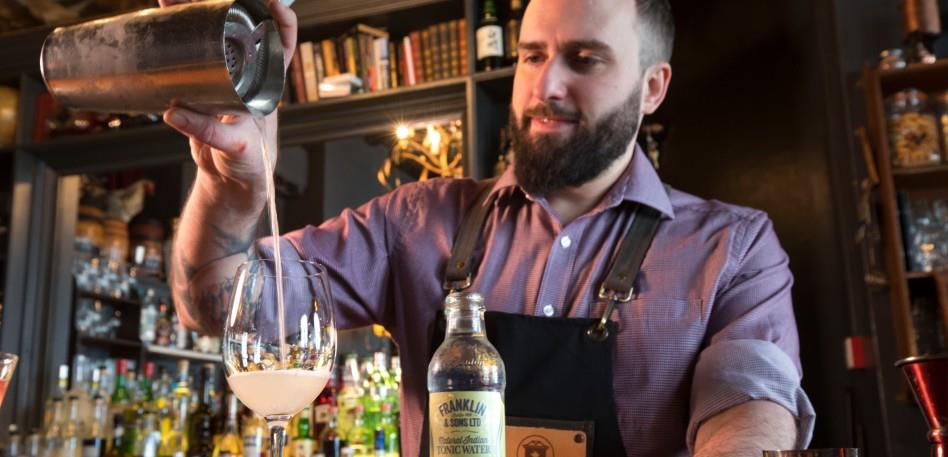 Escape The Everyday Foodie Experiences Milk Thistle Bartender