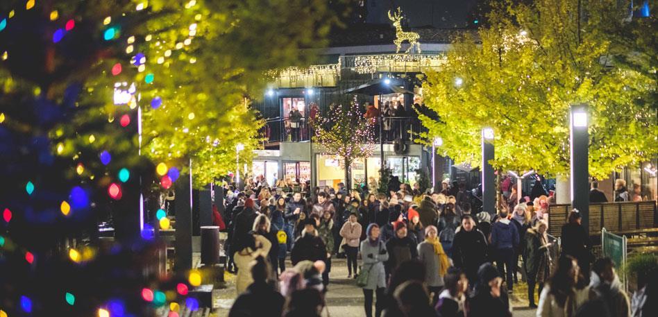 Wapping Wharf Christmas Lights - credit Jon Craig