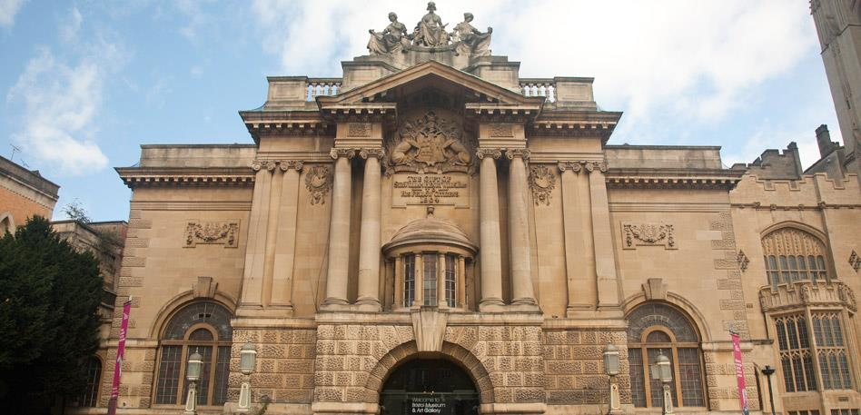 Things to do for free in Bristol: Bristol Museum and Art Gallery