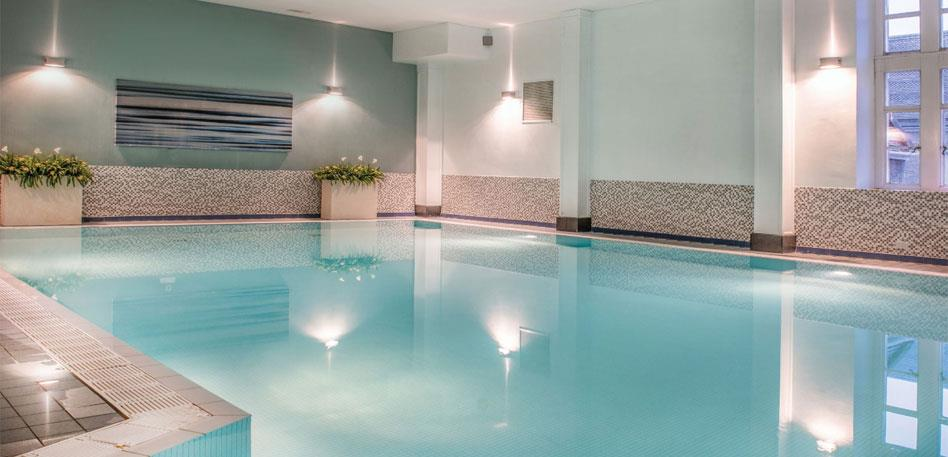 Hotels with swimming pools in Bristol: De Vere Tortworth Court