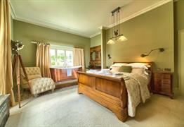 Backwell House bedroom