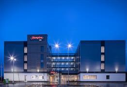 Hampton by Hilton Bristol Airport exterior