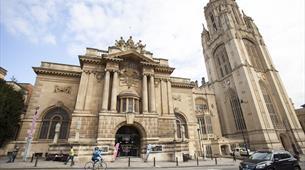 Bristol Museum & Art Gallery exterior