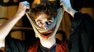 Online Stream: The Grinning Man by Bristol Old Vic