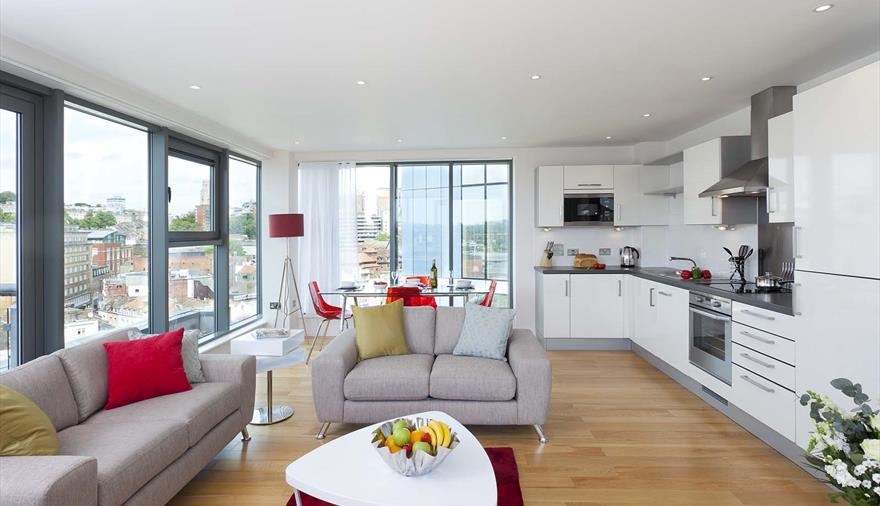SACO Bristol, Broad Quay living area
