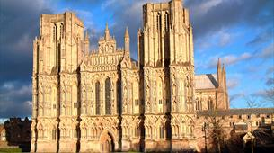 Wells Cathedral exterior