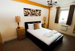 Your Stay Bristol - Hamilton Court bedroom