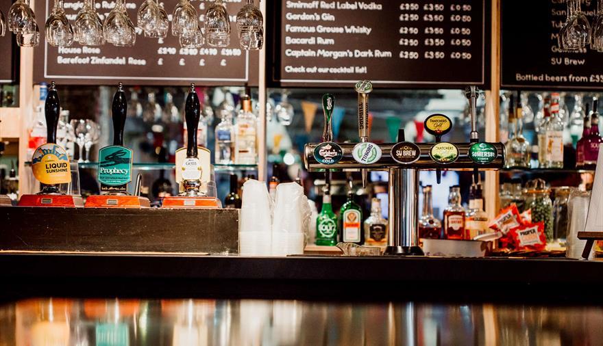 The Balloon Café & Bar