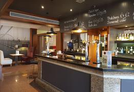 Gourmet Bar & Restaurant at Novotel Bristol