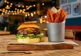 Quay Street Diner burger