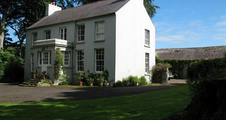 Dromore House - Historic Country House Accommodation