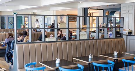 Marconi's Bar & Bistro at the Marine Hotel