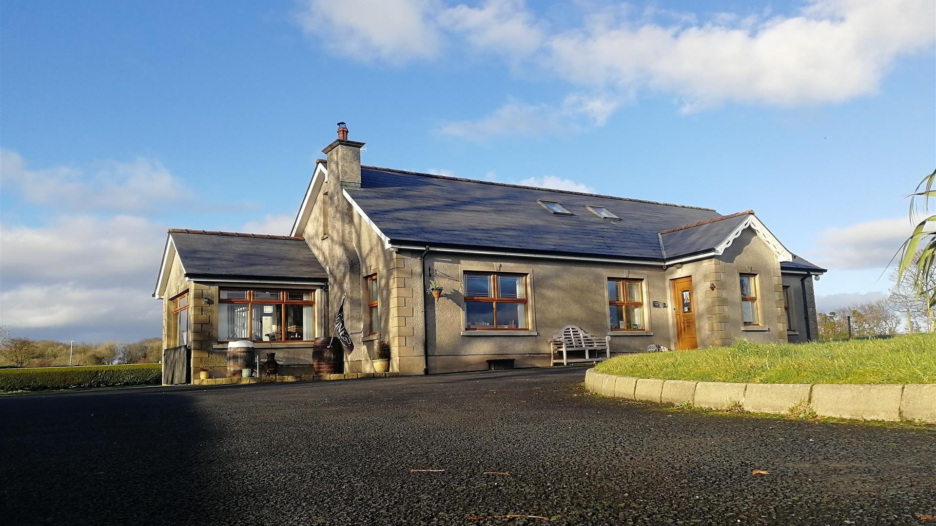Carnately Lodge