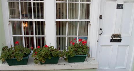 Antrim Glen Cottage (The Wee Sweet Shop)