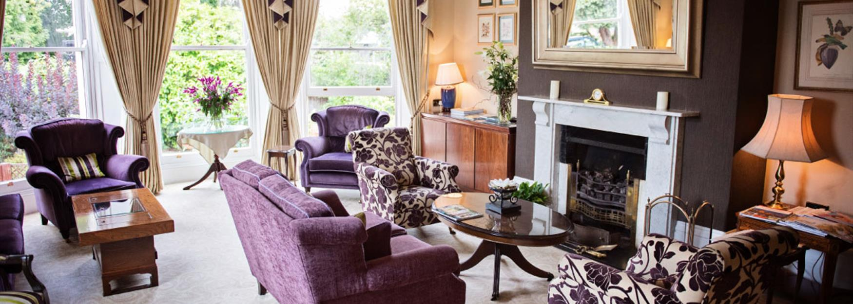 Beautiful lounge within a Bed and Breakfast in Cheltenham