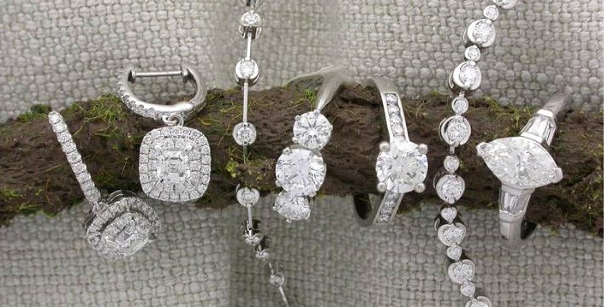 Selection of diamond rings and bracelets from Bicks of Montpellier