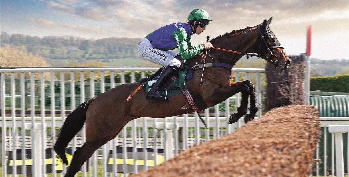 The April Meeting at Cheltenham Racecourse
